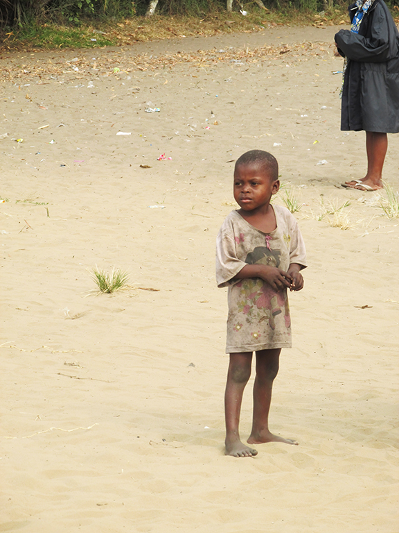Bambino congolese