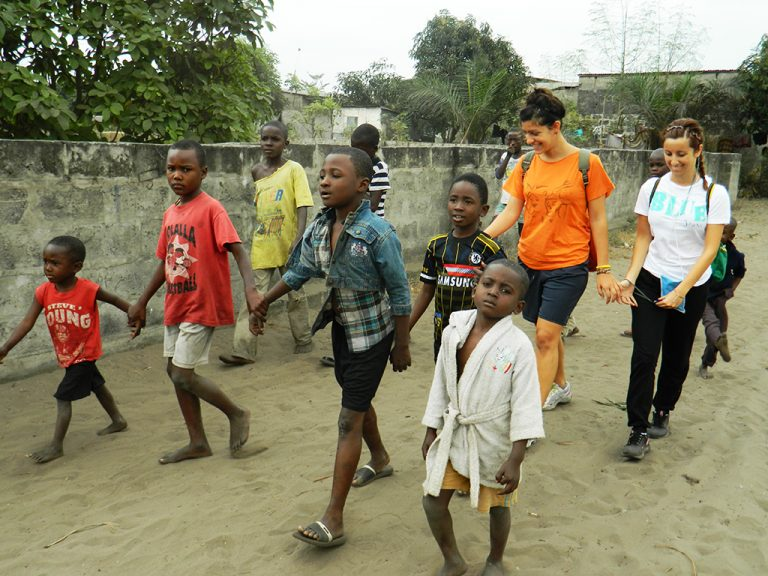 Gruppo umanitario Africa