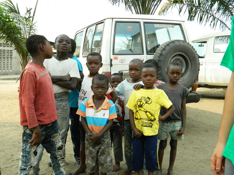 Ragazzi jeep Congo