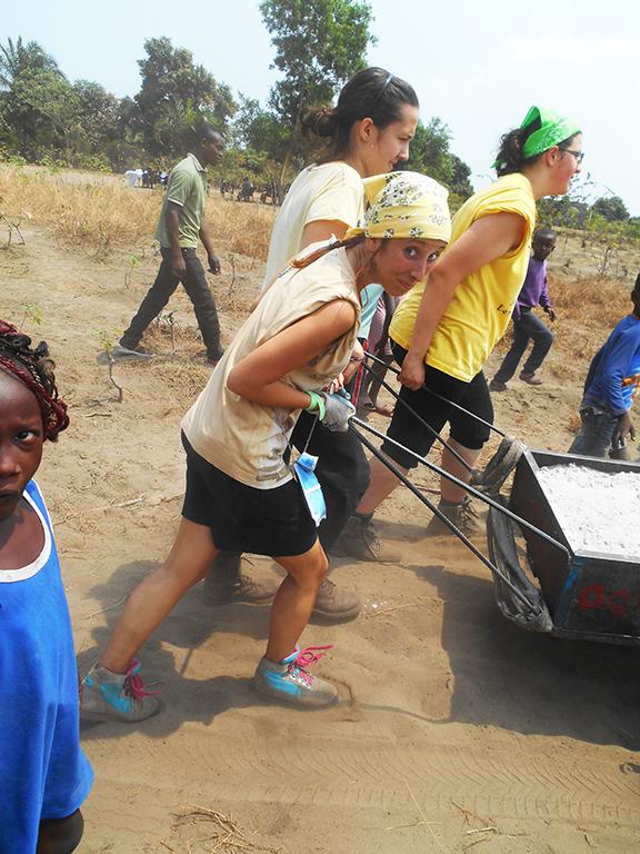Congo costruzione cappella