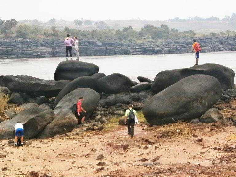 Sassi fiume Congo