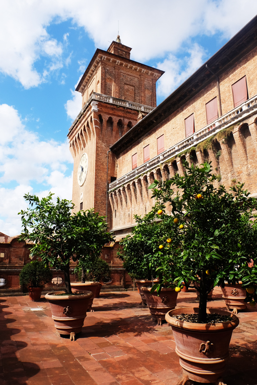 Giardino degli Aranci Castello Estense Ferrara