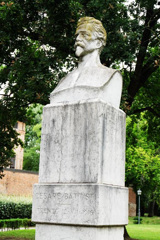statua parco Massari