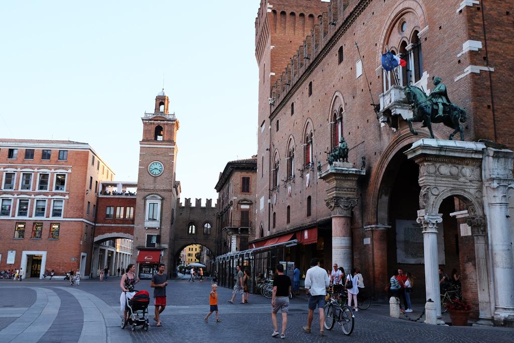 Visitare Ferrara città