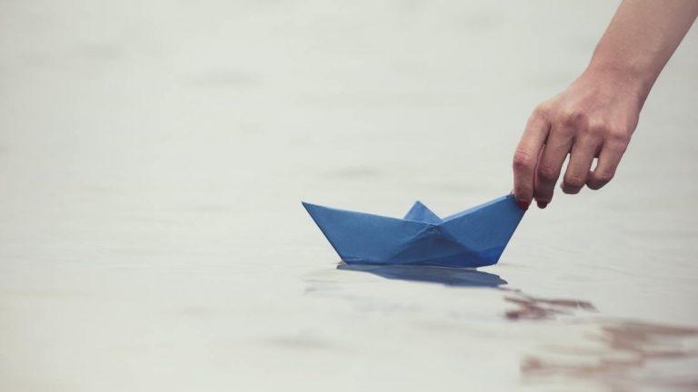 Barca di cartapesta